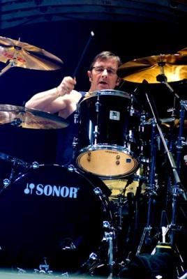 AHEAD PR Phil Rudd (AC/DC)