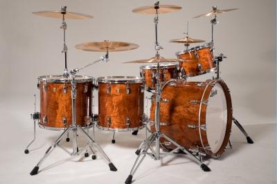 LUDWIG Classic Maple Exotic Барабанная установка со стойками